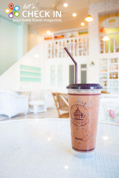 ช็อก-กา-ที การรวมตัวของช็อคโกแลต กาแฟ และชา เข้ากันดี