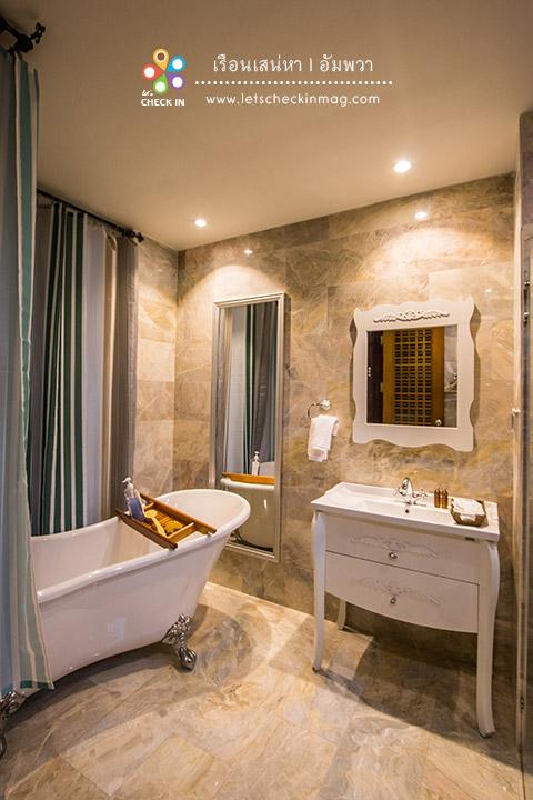 Grand Suite ห้องน้ำมีอ่างสวยๆ ด้วย