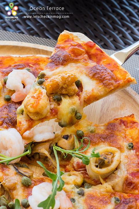 Ocean Seafood Pizza ดูกันชัดๆ