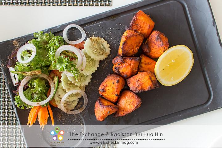 Chicken Tikka ไก่ย่างหอมเครื่องเทศกลิ่นไม่จัดมาก เป็นอีกจานที่ทานง่ายได้เรื่อยๆ