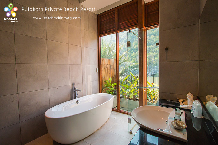 Suite Room มีอ่างอาบน้ำ