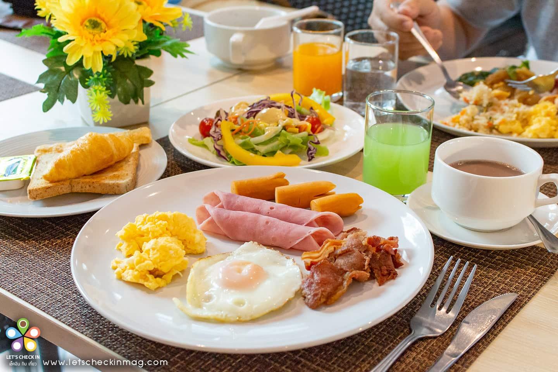 มื้อเช้าโรงแรม ชะอำ