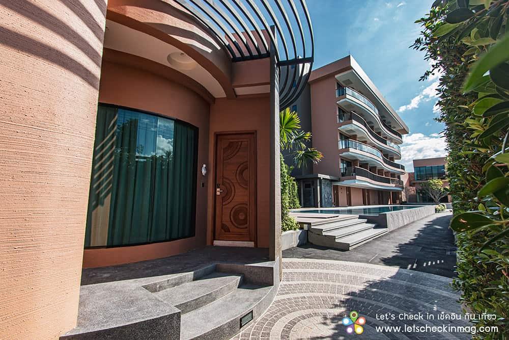 villa pool access โรงแรมราชาบุระ